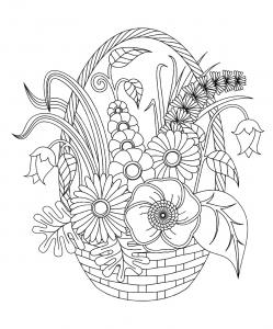 Fleurs variées dans un panier