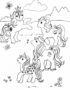 Coloriage petit poney 4