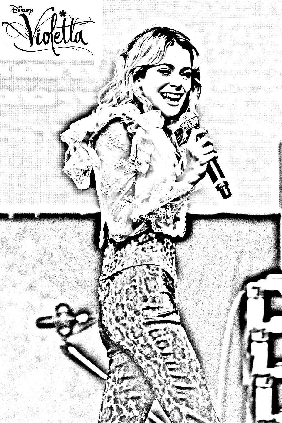 3 image=violetta violetta blonde concert 1